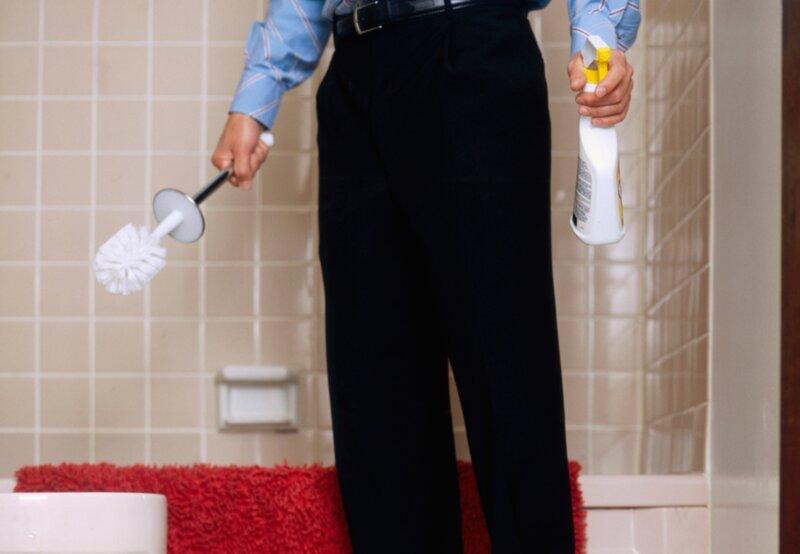 L'une de ces chanteuses a nettoyé des toilettes avant de faire carrière. Laquelle ?