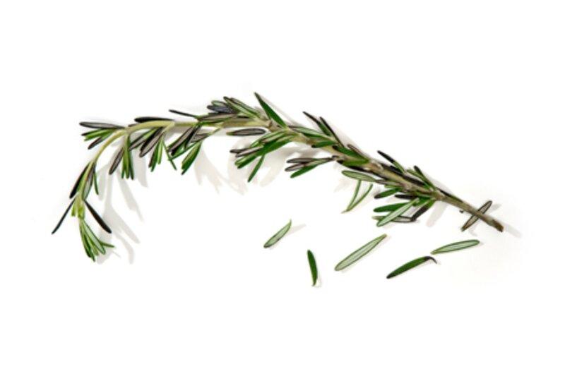 Quelle est cette herbe aromatique ?