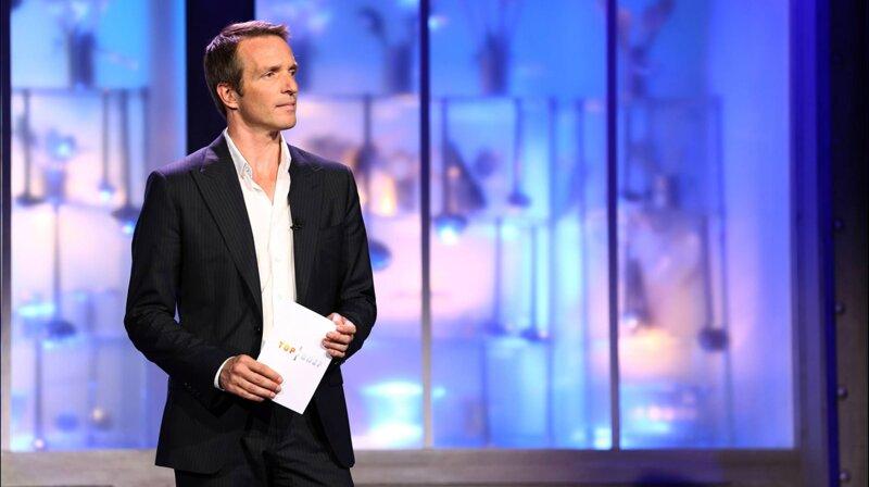 Lors de la saison 2, Stéphane Rotenberg n'animait pas l'émission seul. Il était accompagné de...