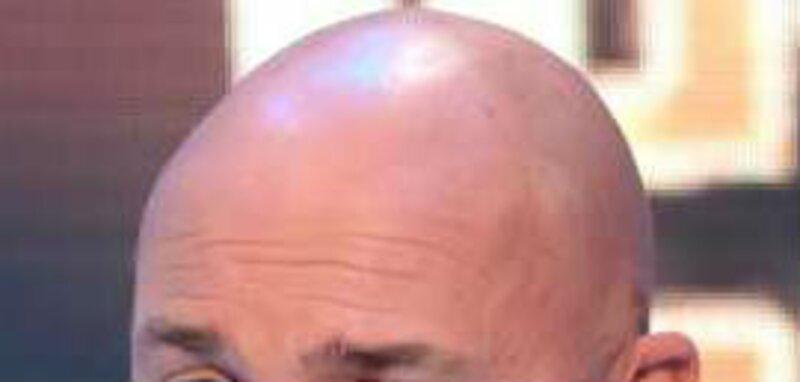A qui appartient ce crâne ?