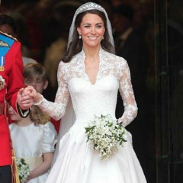 Quelle robe de mariée de princesse préférez,vous ?